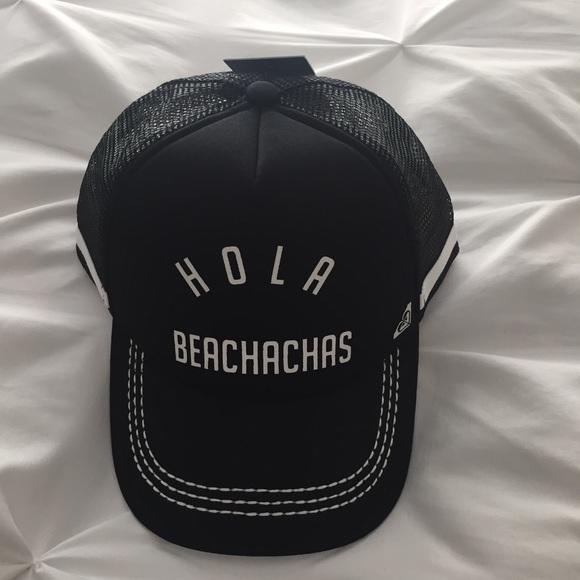 Roxy snapback hat. M 5ad0eea23a112e4b9bcb43e0 580b6bdd489